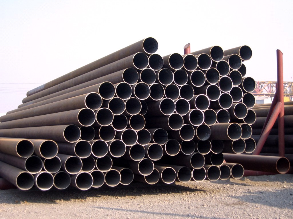 Hot-Rolled-Seamless-Steel-Pipe